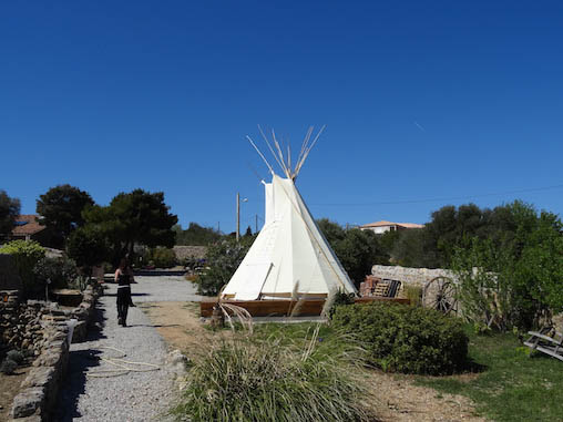 Tipi Lounge and breakfast Location Tipi Aude